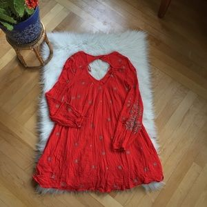 Free People Dresses - Free People open back embroidered dress